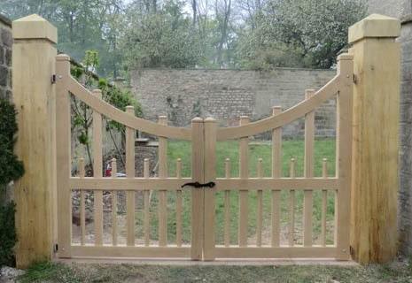 Settrington garden gates