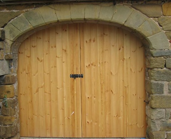 curved barn door