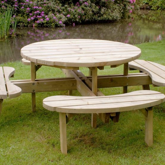 Picnic Tables & Seats