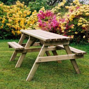 wheelchair access picnic table