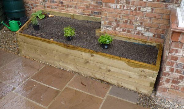 made to measure raised bed
