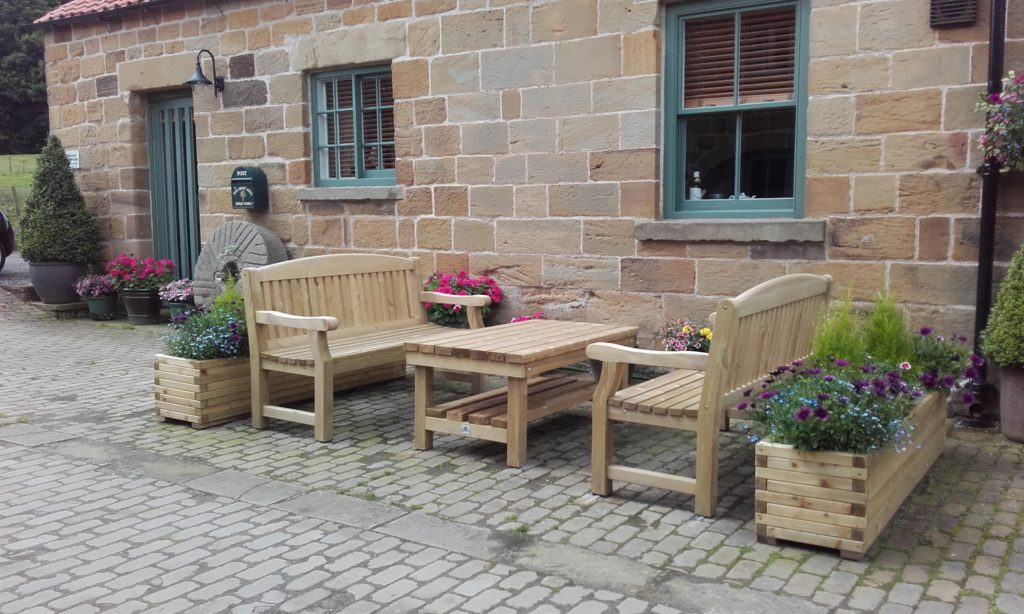 garden tables to match benches